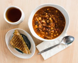 Classic: Chilli and Grilled Cheese